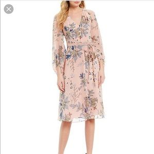 Vince Camuto Floral blush midi dress